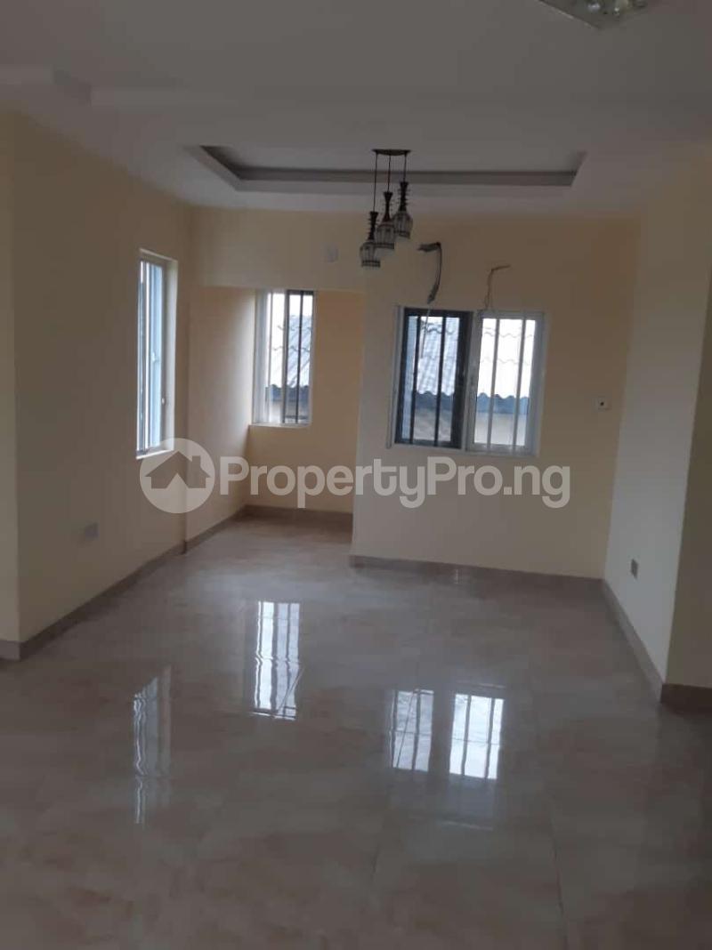 3 bedroom Semi Detached Duplex House for sale Off adelabu Adelabu Surulere Lagos - 1