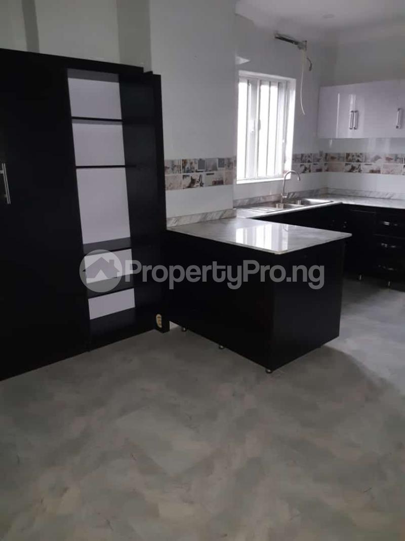 3 bedroom Semi Detached Duplex House for sale Off adelabu Adelabu Surulere Lagos - 14