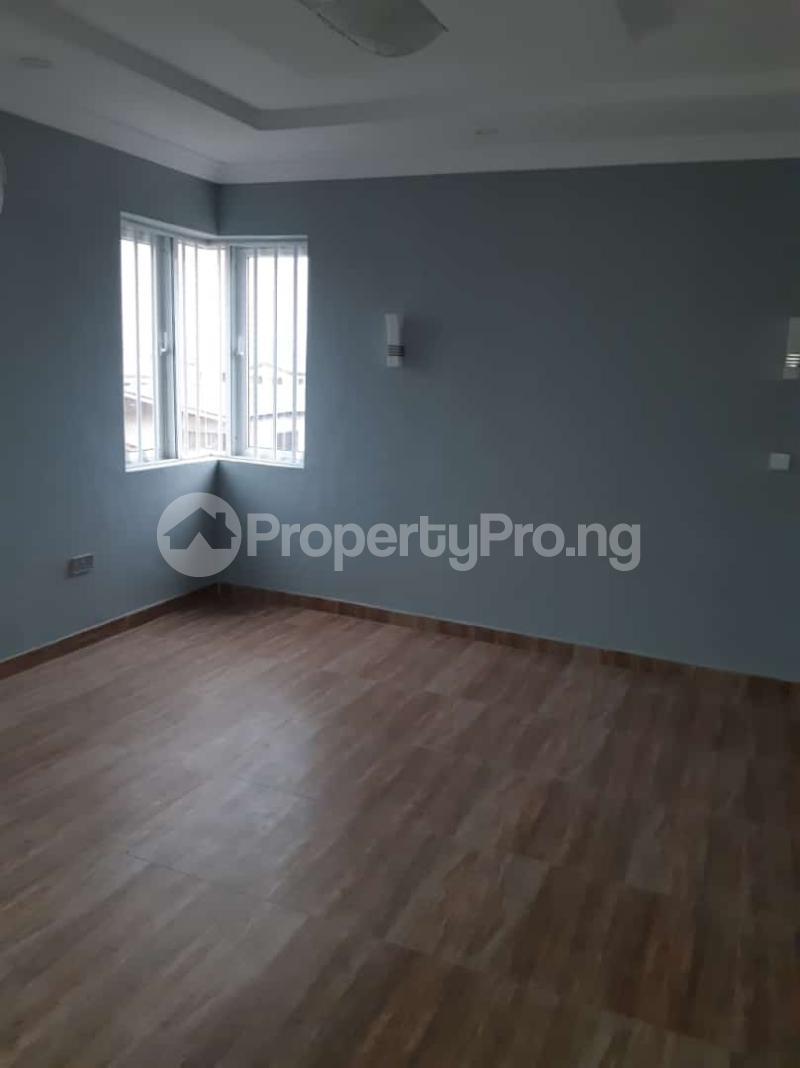 3 bedroom Semi Detached Duplex House for sale Off adelabu Adelabu Surulere Lagos - 8