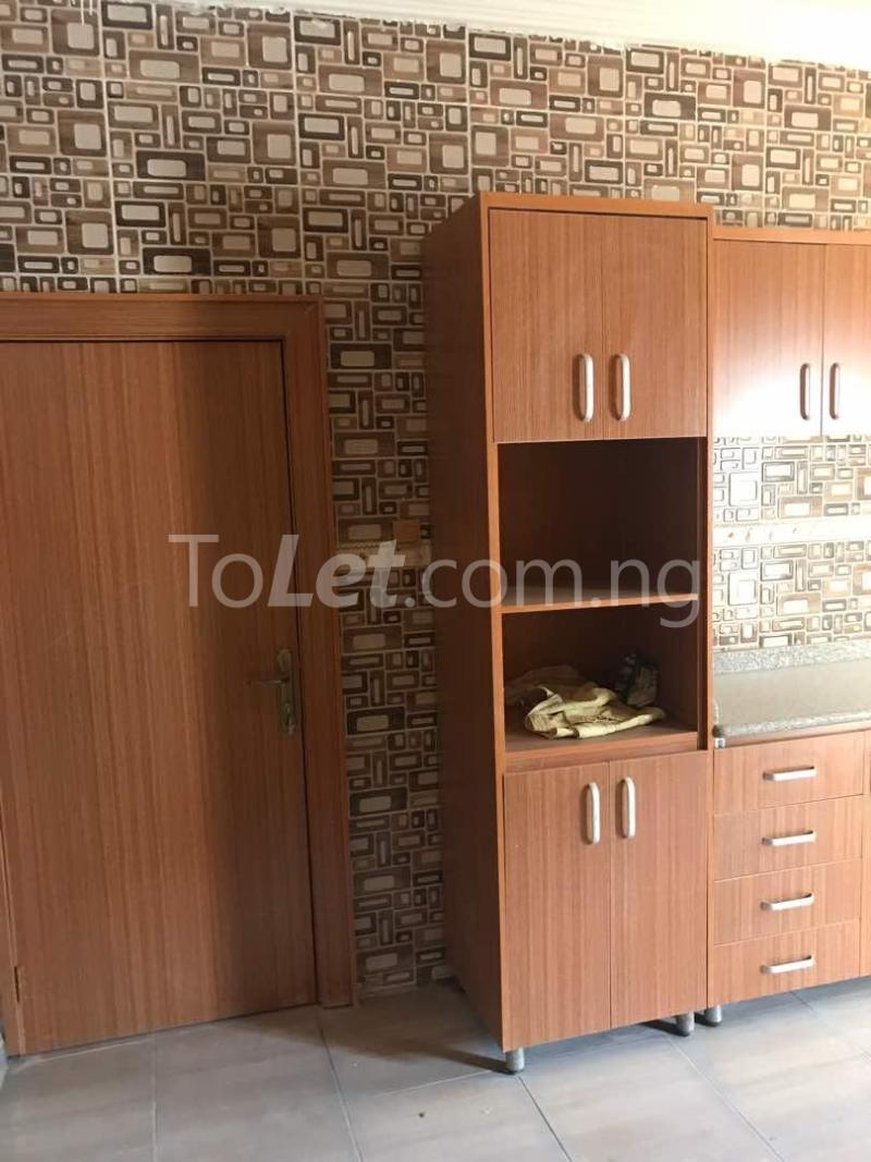 3 bedroom Flat / Apartment for sale By Banex Bridge near Regency International School Mabushi Abuja - 10
