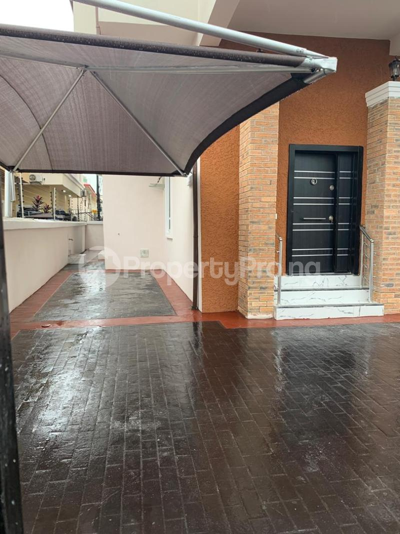 5 bedroom Detached Duplex House for rent Ikota villa Estate, behind Mega Chicken, lekki Lagos. Ikota Lekki Lagos - 19