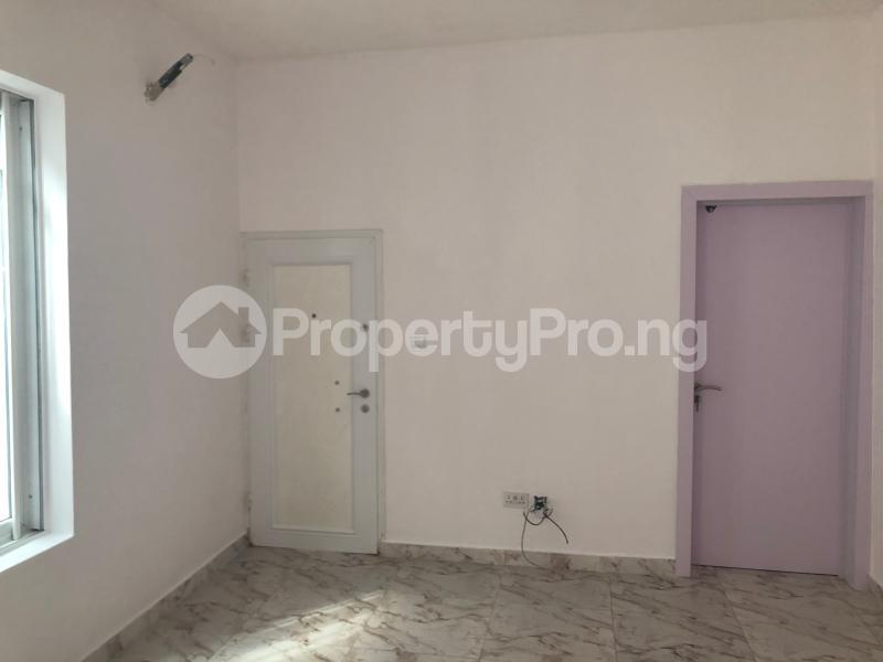 5 bedroom Detached Duplex House for sale Bera Estate  chevron Lekki Lagos - 8
