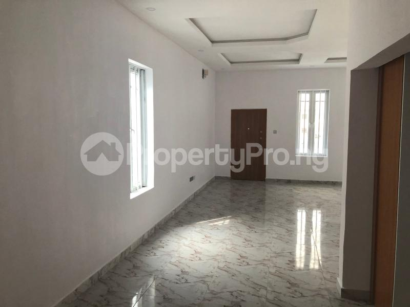 5 bedroom Detached Duplex House for sale Bera Estate  chevron Lekki Lagos - 10