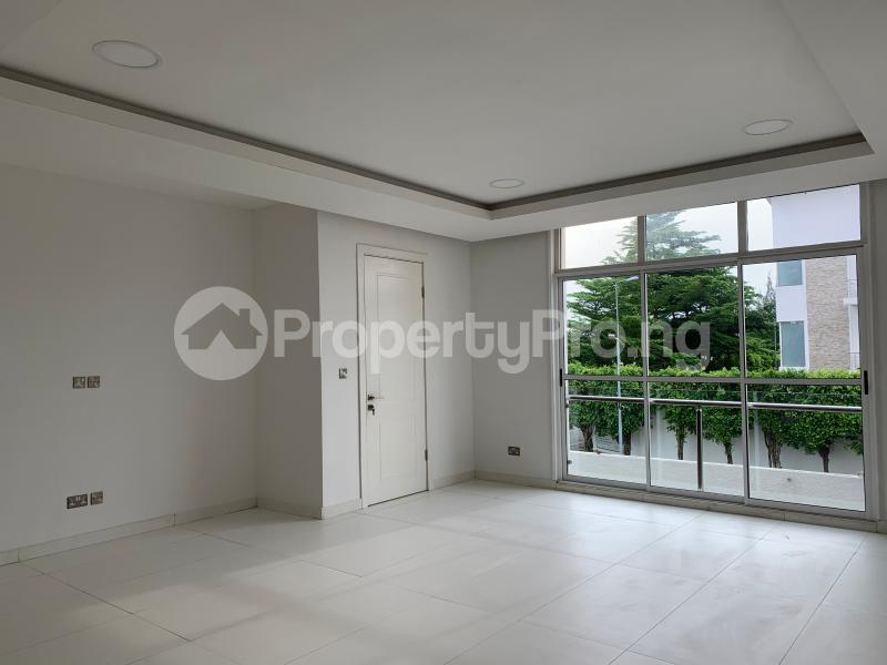 3 bedroom Flat / Apartment for sale Residential zone  Banana Island Ikoyi Lagos - 5