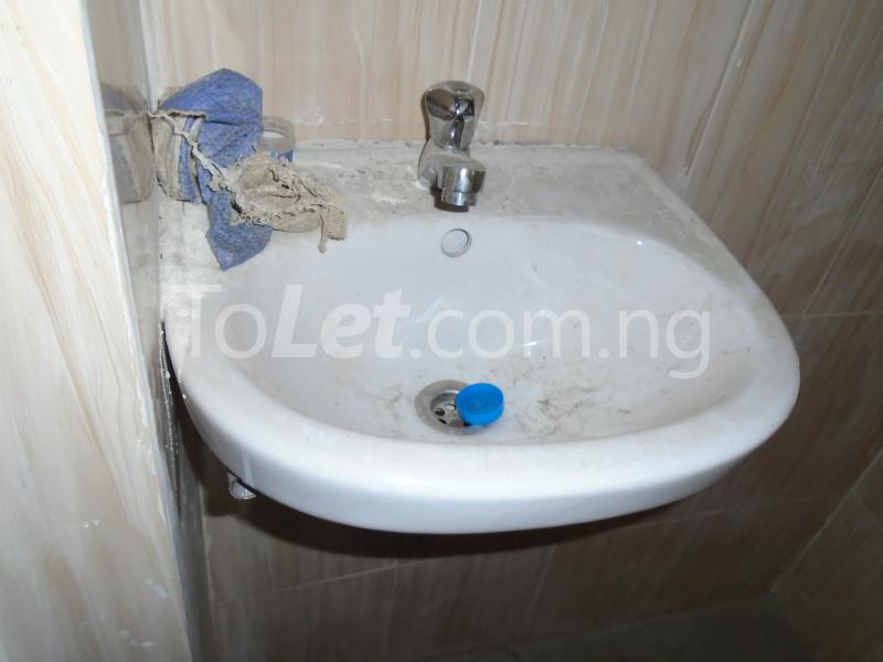 1 bedroom mini flat  Mini flat Flat / Apartment for rent off opebi,by salvation,ikeja Opebi Ikeja Lagos - 5