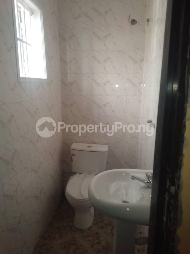 1 bedroom mini flat  Mini flat Flat / Apartment for rent Close to luth idi- Araba Surulere Lagos - 2