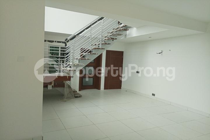 2 bedroom Massionette House for sale Richmond Gate Estate Lekki Lagos - 10