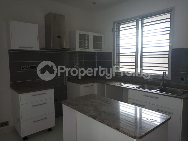2 bedroom Massionette House for sale Richmond Gate Estate Lekki Lagos - 15