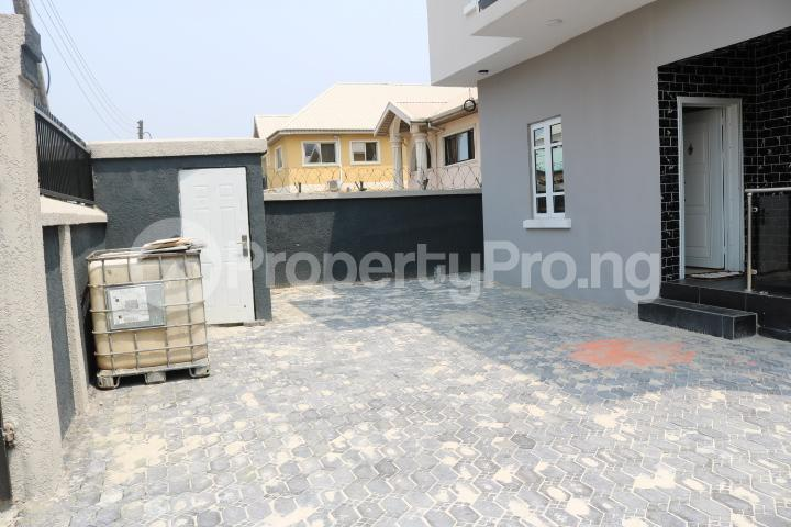 3 bedroom Semi Detached Duplex House for sale . Thomas estate Ajah Lagos - 5