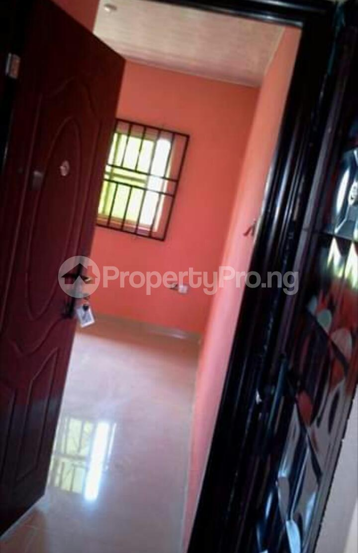 3 bedroom Mini flat Flat / Apartment for rent Close to Henson demonstration group of school off lucky way Ikpoba hill Benin city  Oredo Edo - 13
