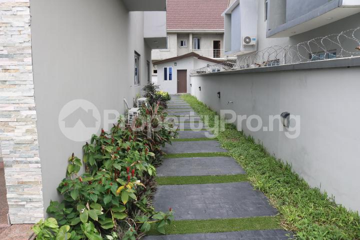 5 bedroom Detached Duplex House for sale Pinnock Beach Estate Osapa london Lekki Lagos - 12
