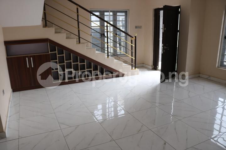 3 bedroom Semi Detached Duplex House for sale Orchid Estate, Lafiaji Lekki Lagos - 9