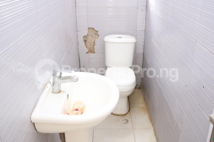 3 bedroom Semi Detached Duplex House for sale Orchid Estate, Lafiaji Lekki Lagos - 17