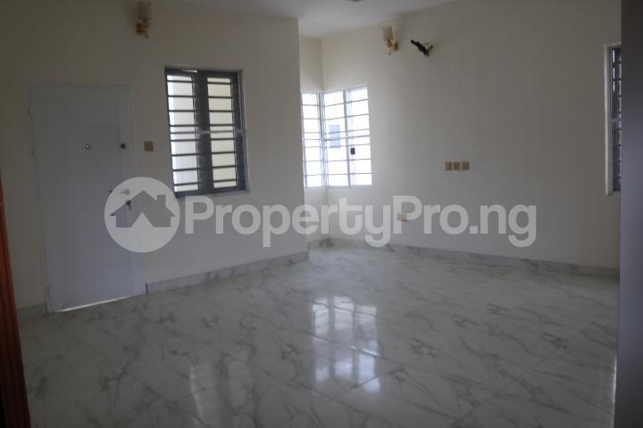 5 bedroom Detached Duplex House for sale Chevron Estate Lekki Lagos - 40