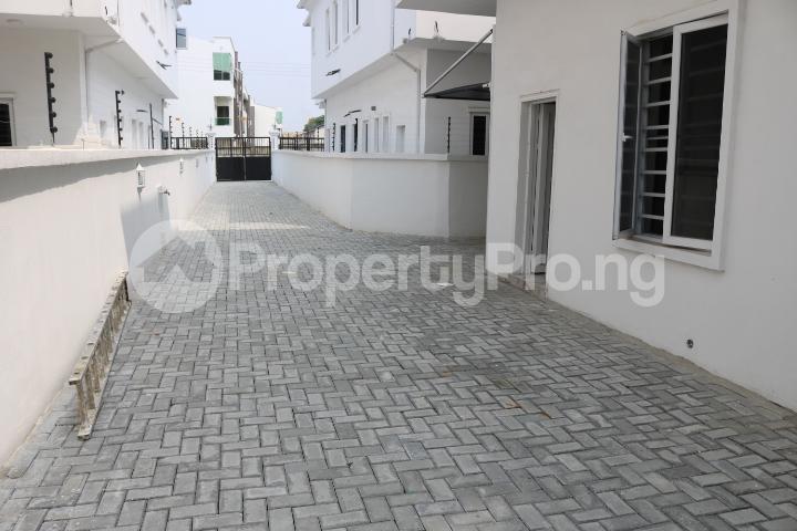 5 bedroom Detached Duplex House for sale Chevron Estate Lekki Lagos - 5