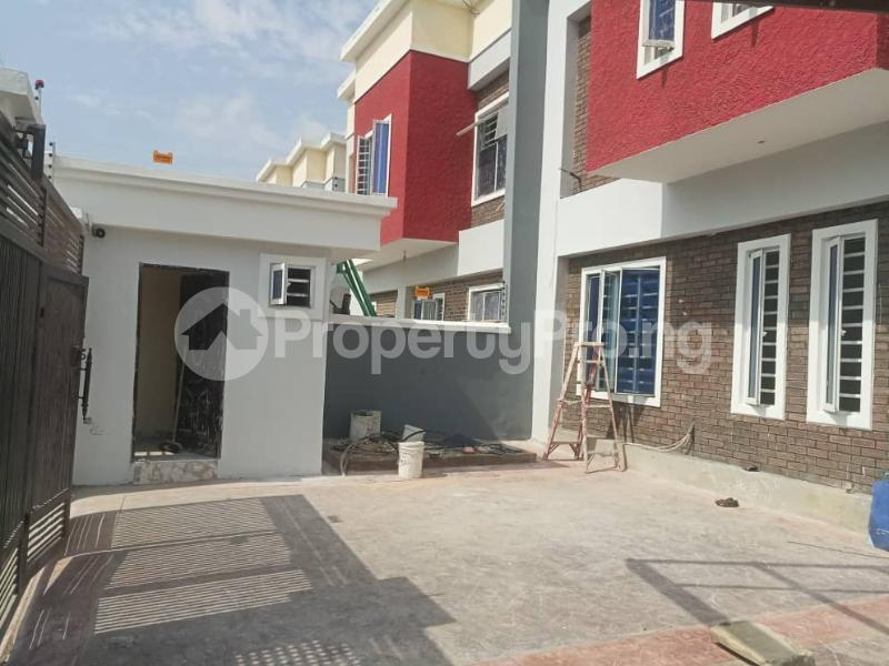 4 bedroom Terraced Duplex House for sale Between Chevron and VGC, Ikota, Creek Avenue Court Lekki Phase 2 Lekki Lagos - 15