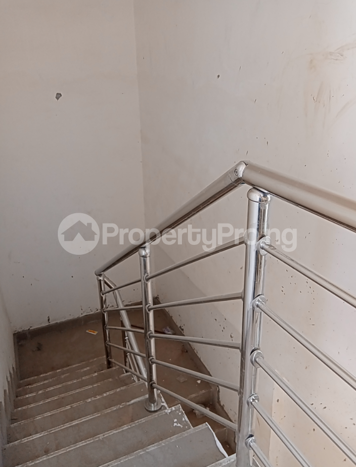 3 bedroom Flat / Apartment for rent - Alagomeji Yaba Lagos - 7