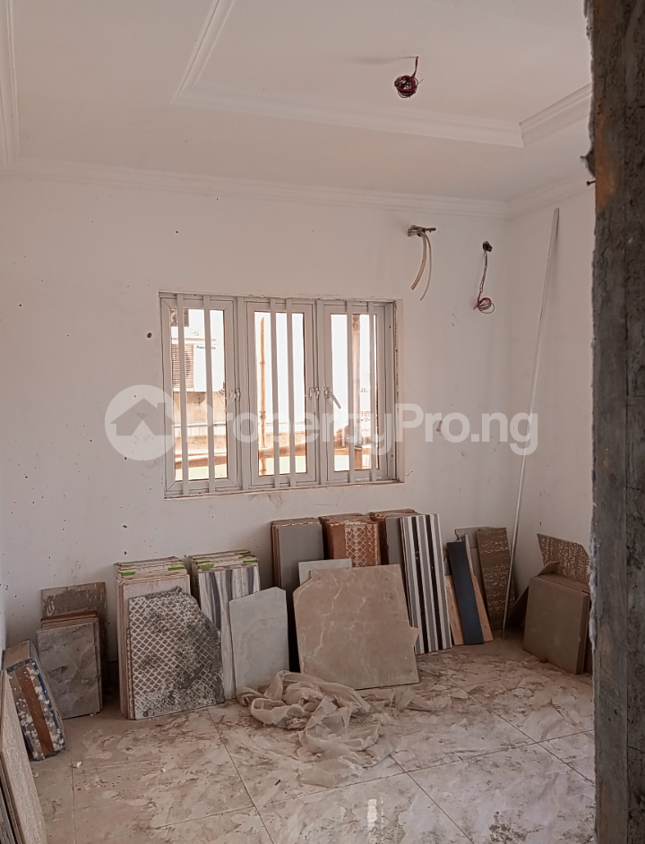 3 bedroom Flat / Apartment for rent - Alagomeji Yaba Lagos - 8