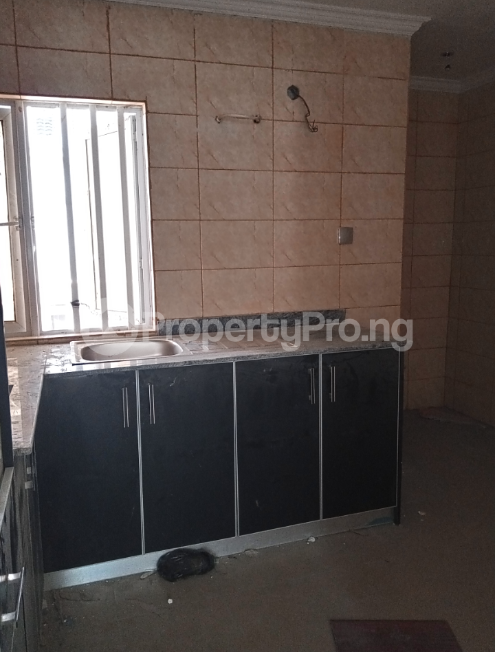 3 bedroom Flat / Apartment for rent - Alagomeji Yaba Lagos - 6