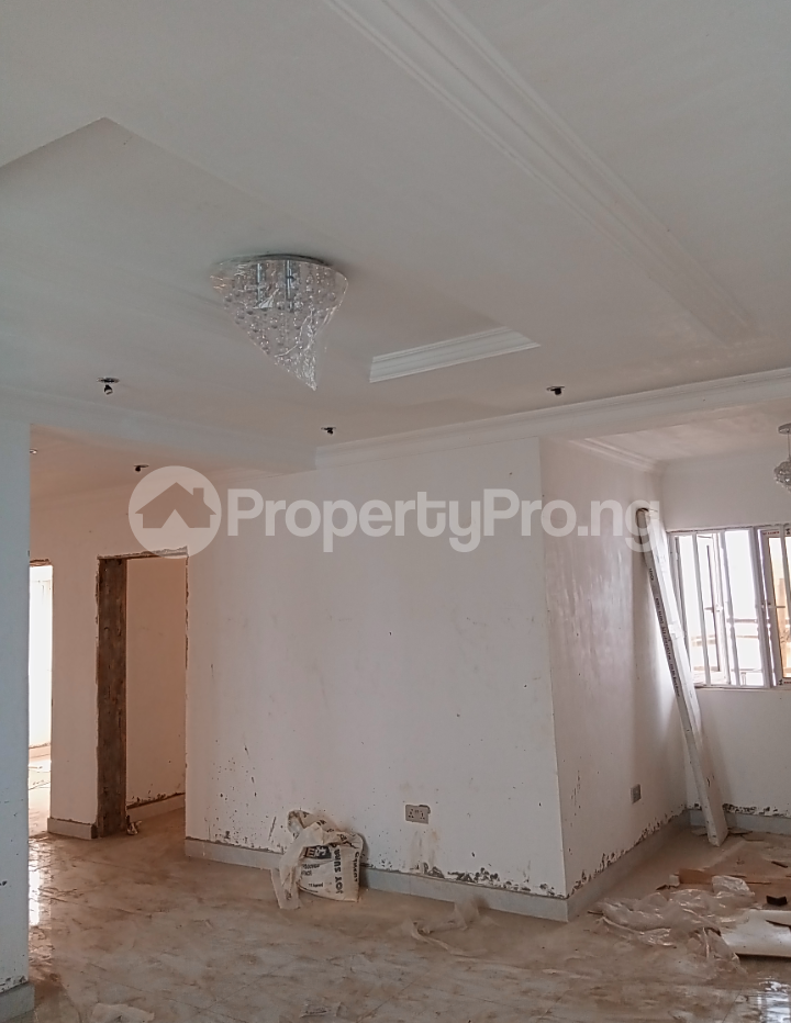 3 bedroom Flat / Apartment for rent - Alagomeji Yaba Lagos - 3