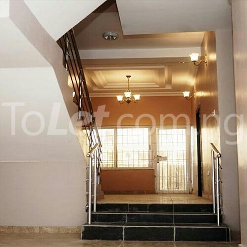 House for sale Ogombo, (4 to 5minutes to Abraham Adesanya Estate)Ajah, Lekki lagos  Abraham adesanya estate Ajah Lagos - 4