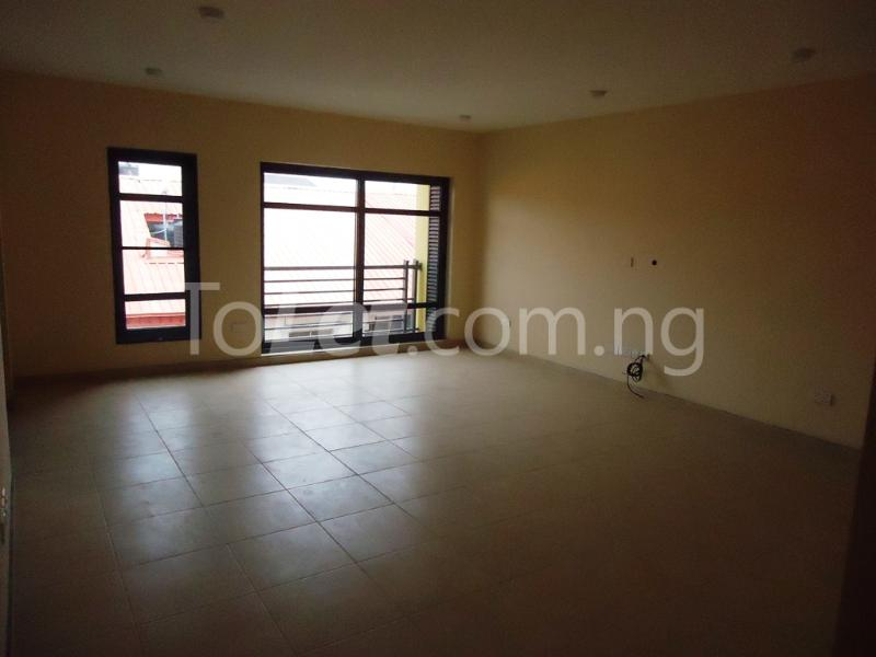 1 bedroom mini flat  Flat / Apartment for rent Ademola Eletu street Osapa london Lekki Lagos - 5