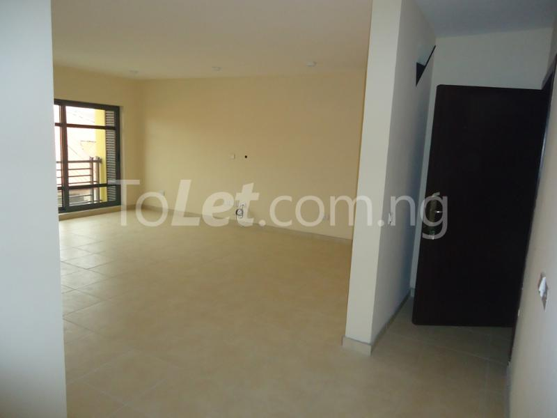 1 bedroom mini flat  Flat / Apartment for rent Ademola Eletu street Osapa london Lekki Lagos - 4