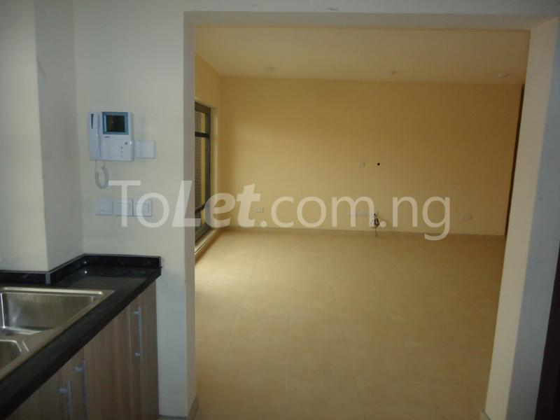 1 bedroom mini flat  Flat / Apartment for rent Ademola Eletu street Osapa london Lekki Lagos - 8