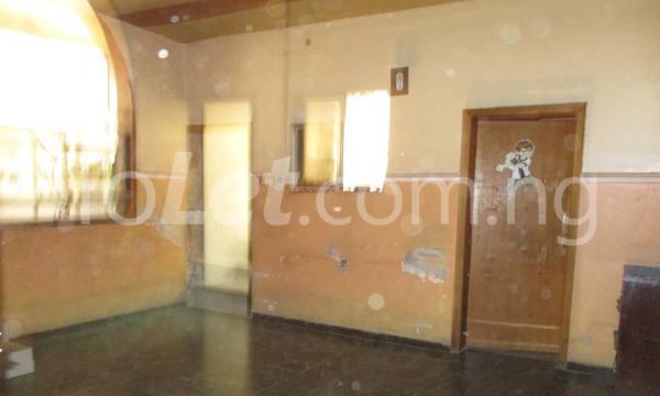 4 bedroom Detached Bungalow House for sale Kwara Quarters; Behind World Oil Filling Station, Ibafo Obafemi Owode Ogun - 6