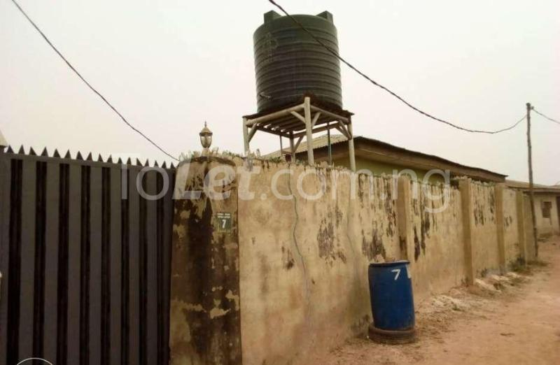 5 bedroom Self Contain Flat / Apartment for sale Ibadan North, Ibadan, Oyo Akobo Ibadan Oyo - 3