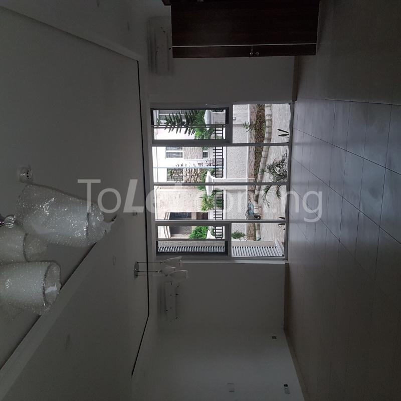5 bedroom House for rent 327close Banana Island Ikoyi Lagos - 4