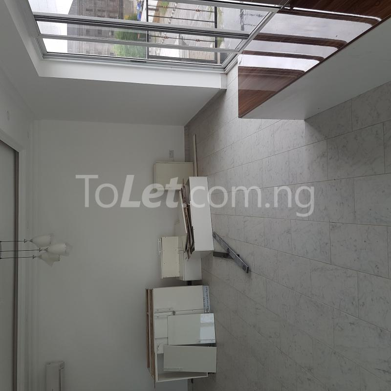 5 bedroom House for rent 327close Banana Island Ikoyi Lagos - 18