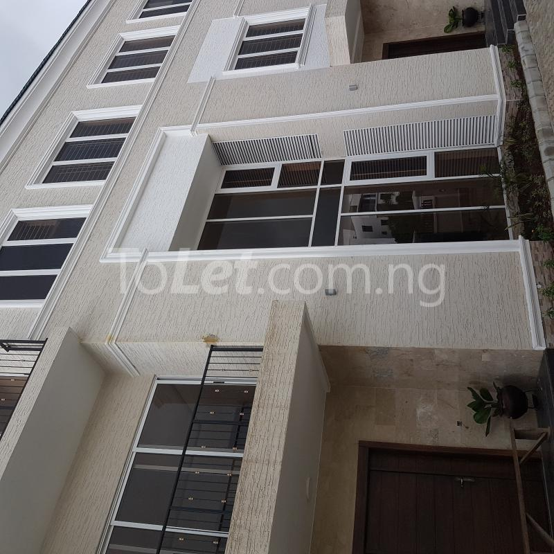 5 bedroom House for rent 327close Banana Island Ikoyi Lagos - 2