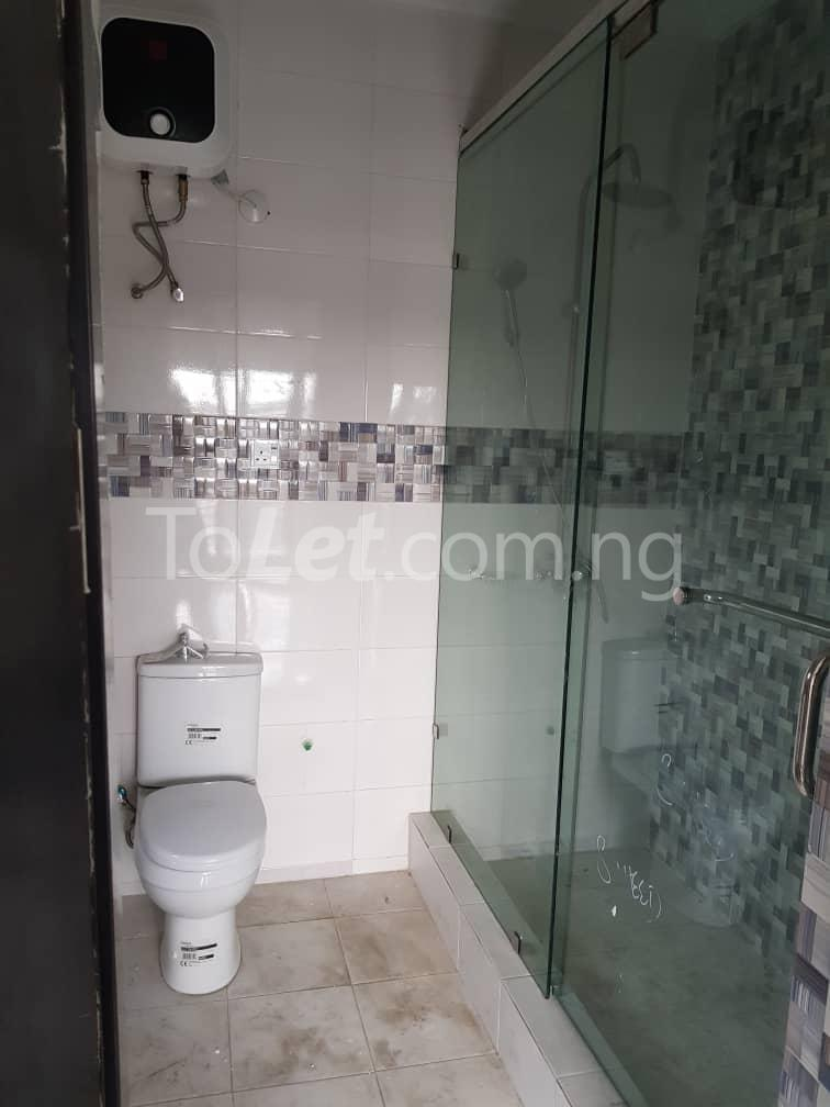 3 bedroom Flat / Apartment for sale --- Sabo Yaba Lagos - 3