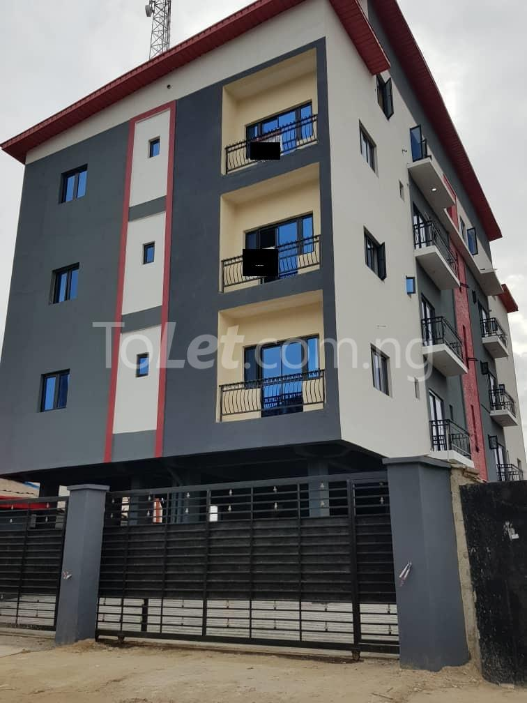 3 bedroom Flat / Apartment for sale --- Sabo Yaba Lagos - 0