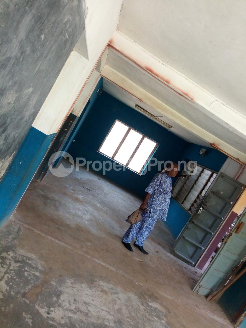 6 bedroom Flat / Apartment for rent Joyce b  Ring Rd Ibadan Oyo - 0