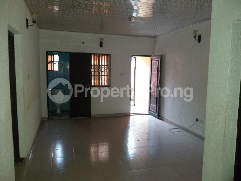2 bedroom Flat / Apartment for rent Lateef Onigemo Street, IARA Estate Ifako-gbagada Gbagada Lagos - 2