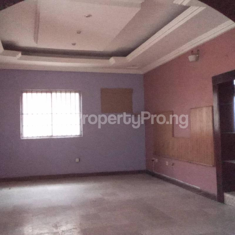 6 bedroom Detached Duplex House for rent Community road, Akoka Yaba Lagos - 1