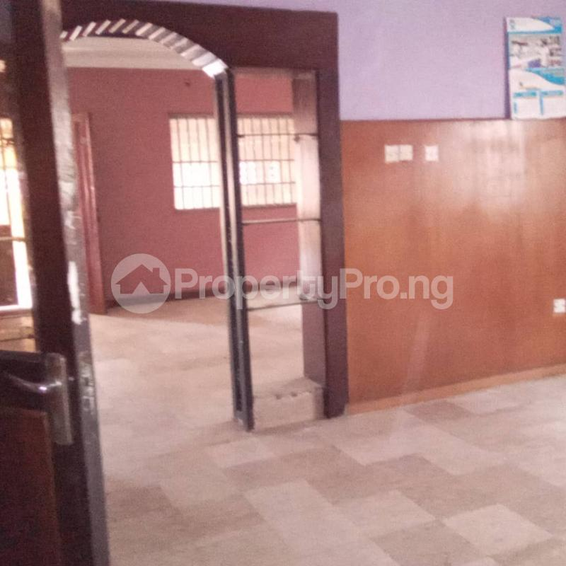 6 bedroom Detached Duplex House for rent Community road, Akoka Yaba Lagos - 4