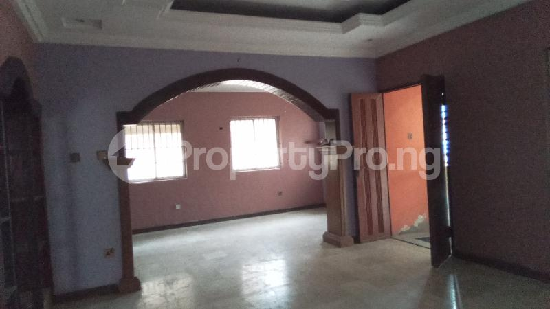 6 bedroom Detached Duplex House for rent Community road, Akoka Yaba Lagos - 3