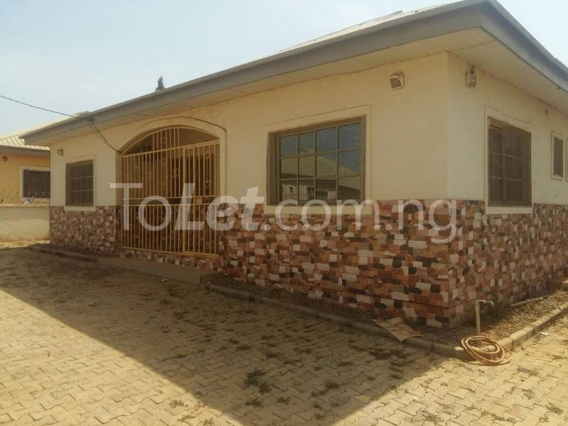 3 bedroom Detached Bungalow House for sale Cowries Estate Lugbe Abuja - 8