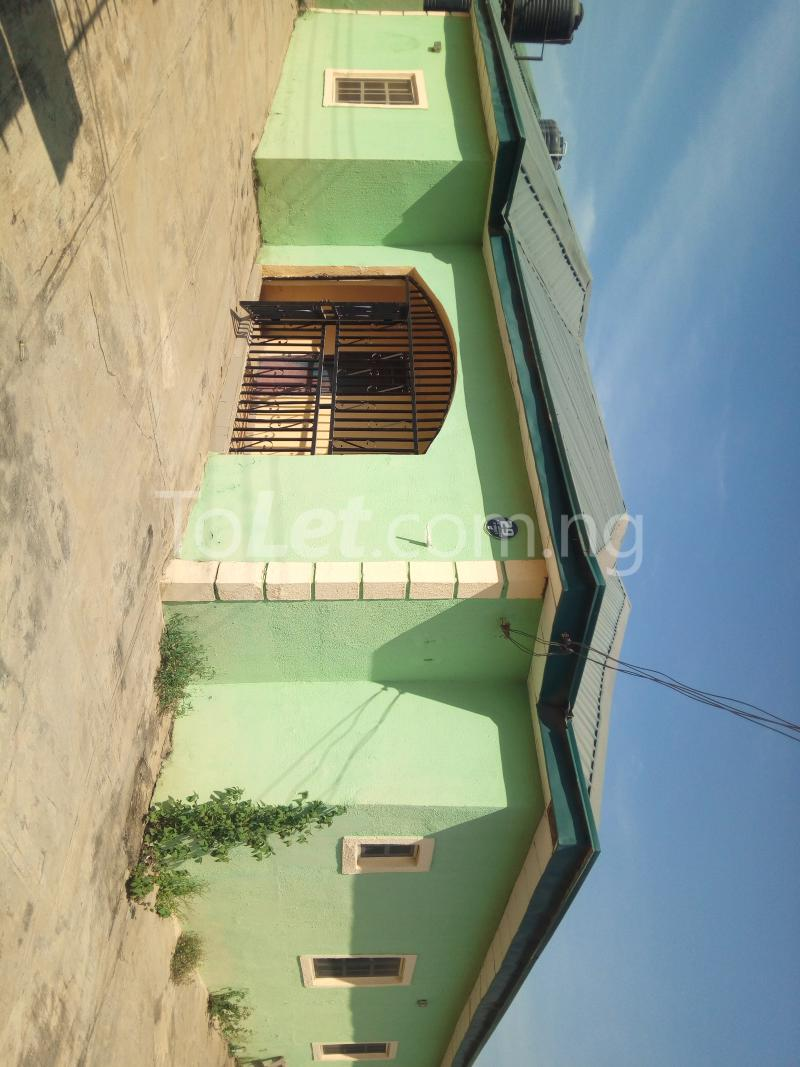 3 bedroom Flat / Apartment for rent - Lugbe Abuja - 1