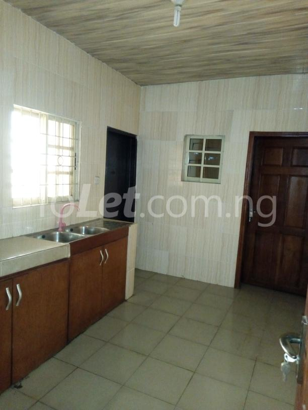 3 bedroom Flat / Apartment for rent Awofodu, Ajiwun off pedro road Phase 1 Gbagada Lagos - 7