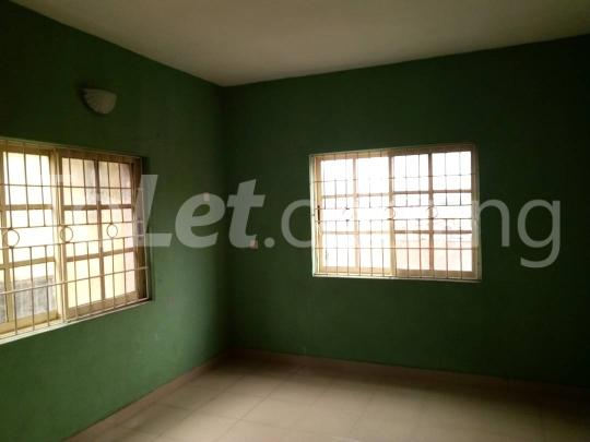 3 bedroom Flat / Apartment for rent Awofodu, Ajiwun off pedro road Phase 1 Gbagada Lagos - 3