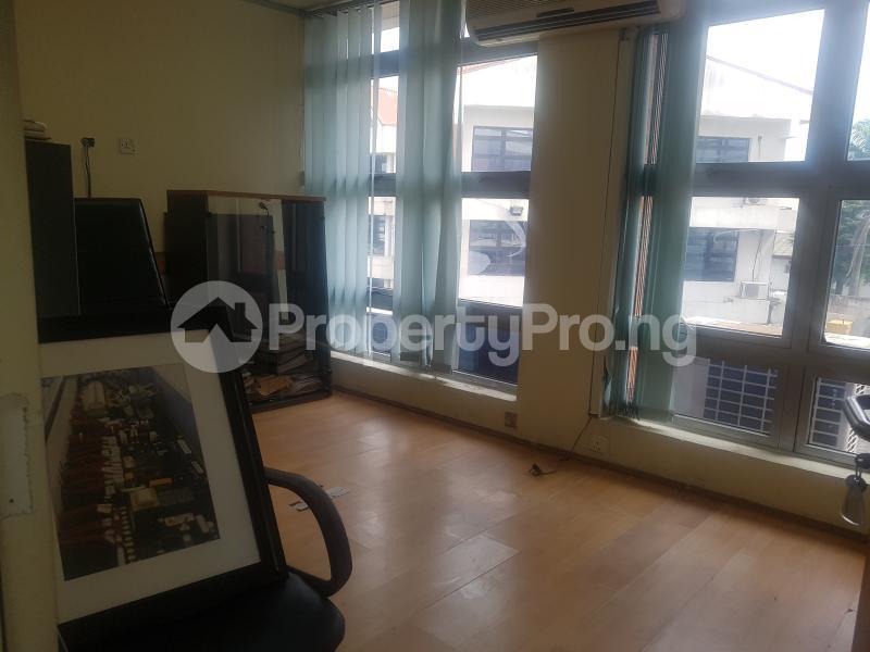 Desk Co working space for shortlet Cadbury bustop Agidingbi Ikeja Lagos - 6
