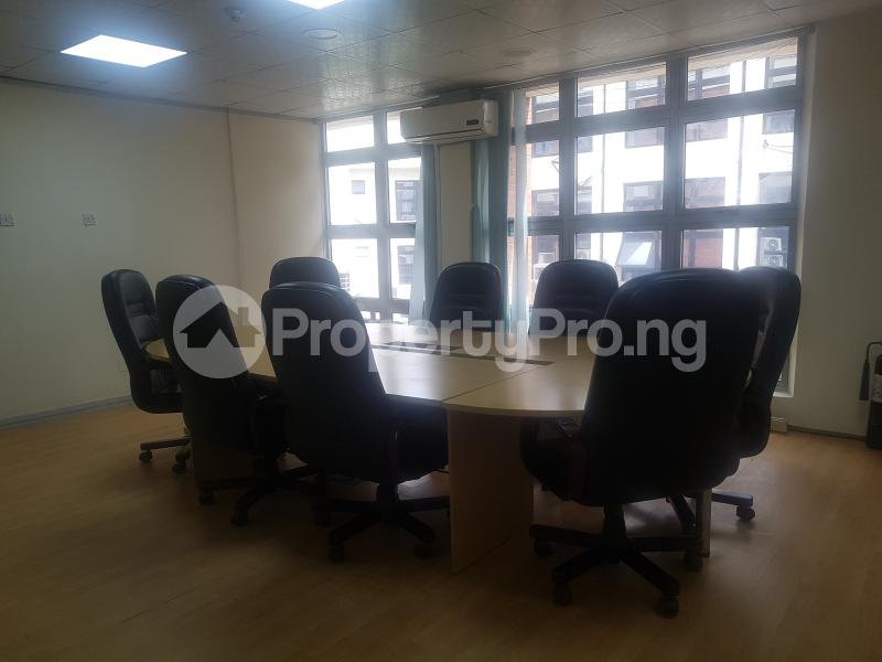 Desk Co working space for shortlet Cadbury bustop Agidingbi Ikeja Lagos - 4
