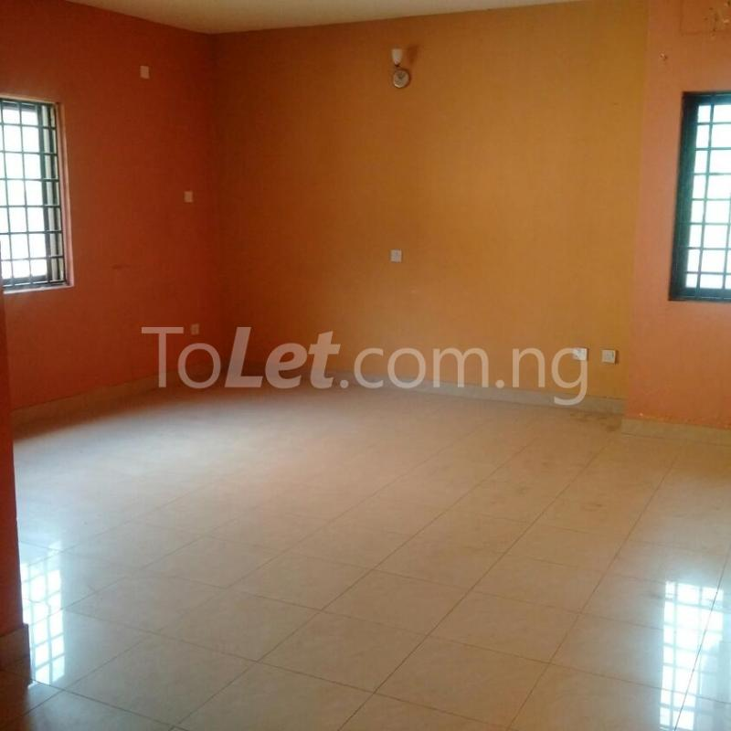Commercial Property for rent Milverton Road Ikoyi Lagos - 18