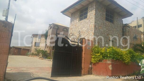 Commercial Property for rent Adeoyo road Ring Rd Ibadan Oyo - 10