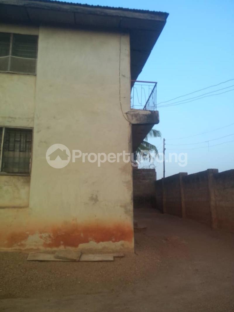10 bedroom House for sale Niyi-Nike Street, Agunbelewo area, Ilobu road, Osogbo Osogbo Osun - 1