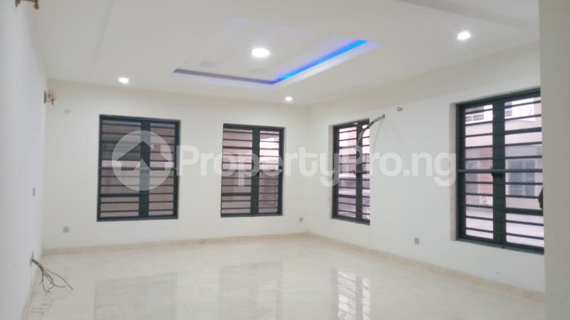 5 bedroom Semi Detached Duplex House for sale ONIRU Victoria Island Lagos - 31